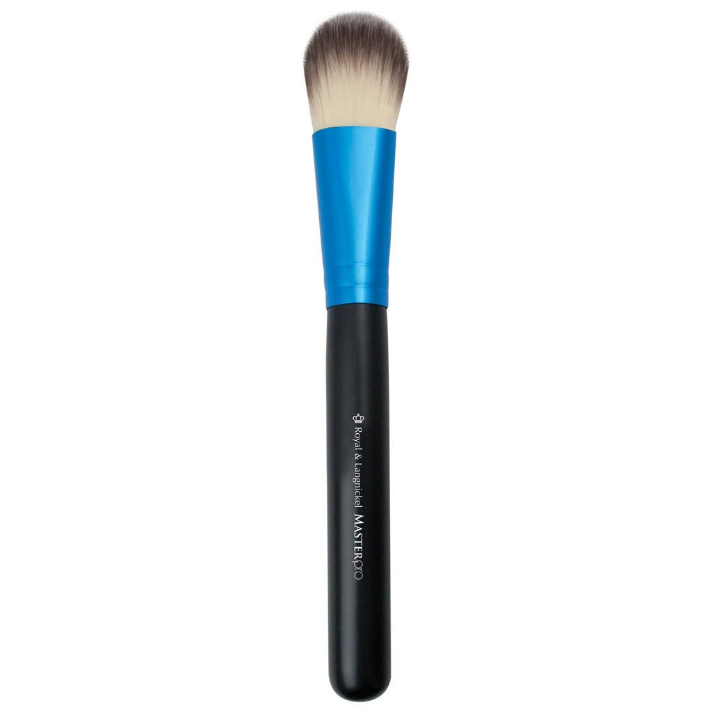Full view of Master Pro™ Foundation makeup brush facing left