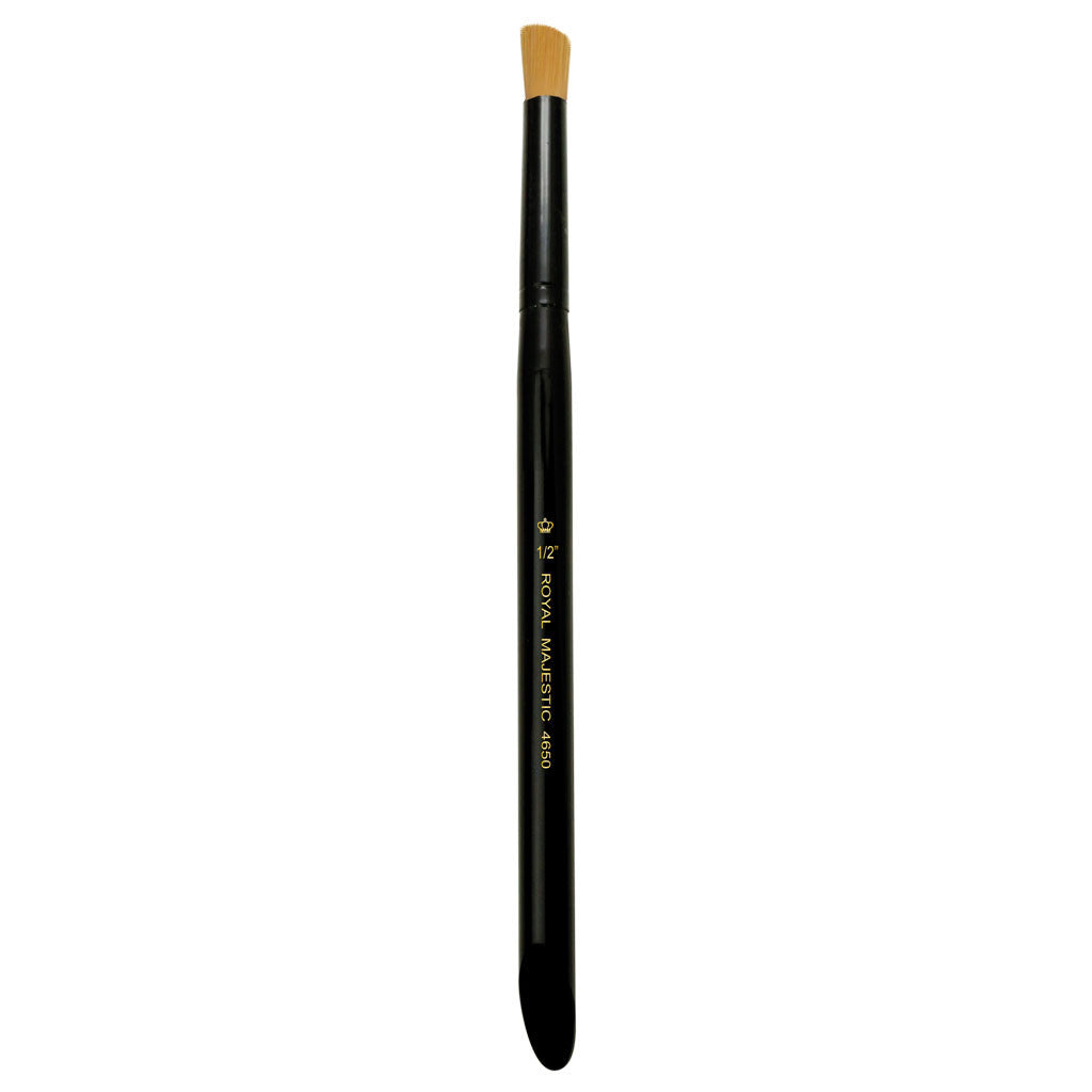 "Full view of Majestic™ Deerfoot Stippler 1/2"" face art brush facing upward"