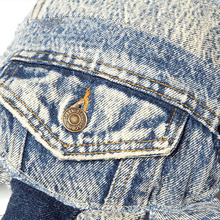 Load image into Gallery viewer, Levi's® SecondHand Reworked by Makayla Wray - Crab