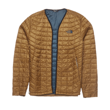 Load image into Gallery viewer, THE NORTH FACE REMADE: MEN'S THERMOBALL FULL ZIP JACKET (L)