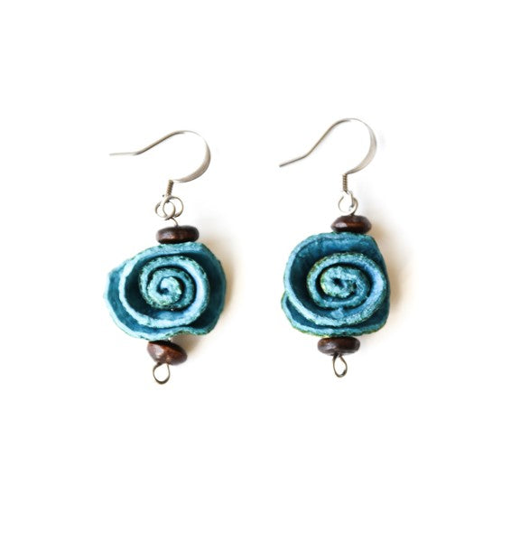 Hang Rose Wood Earrings