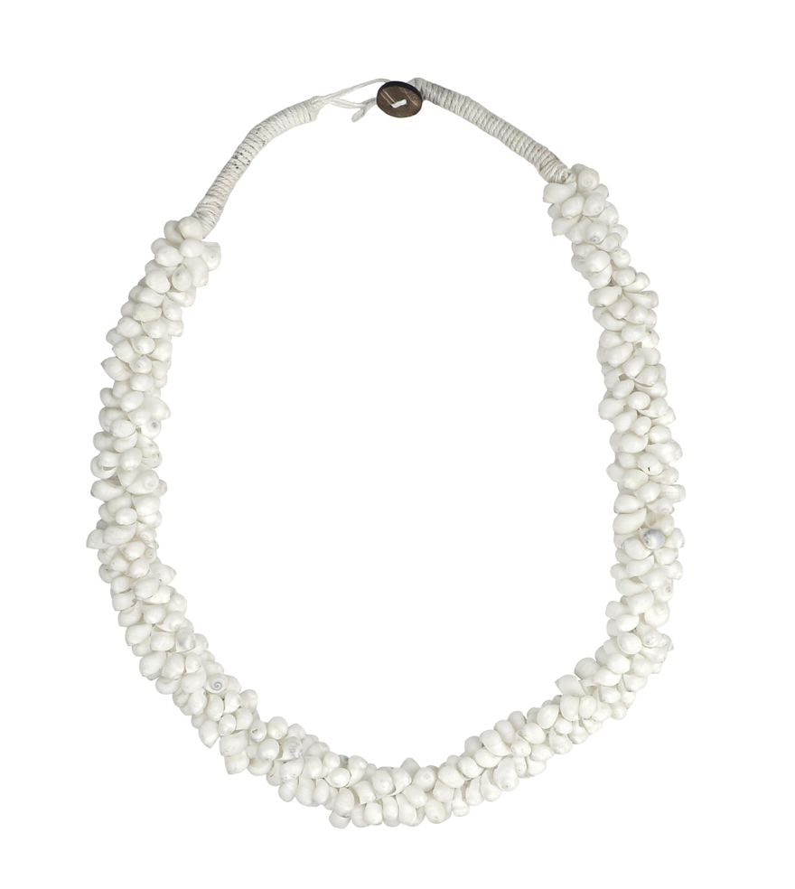Shell Strand in White