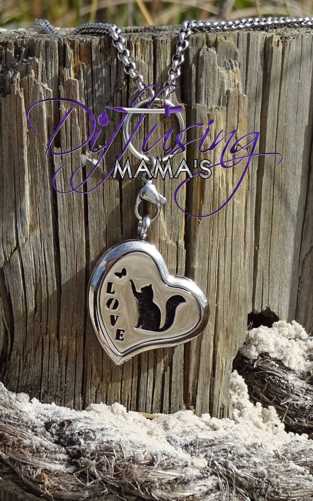 Heart Silver Kitty Love (30mm) Aromatherapy / Essential Oils Diffuser Locket Necklace