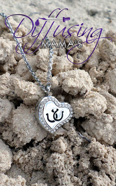 Heart New Horseshoe (22mm) w/ Crystals Aromatherapy / Essential Oils Diffuser Locket Necklace