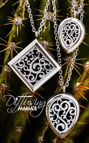 Silver Flourish Aromatherapy / Essential Oils Diffuser Locket Necklace