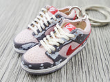 Mini sneaker keychain 3D Nike Dunk Lo - Pink and Red