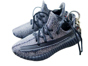Mini Sneaker Keychains Adidas Yeezy Boost 350 V.2 - Static Black Reflective