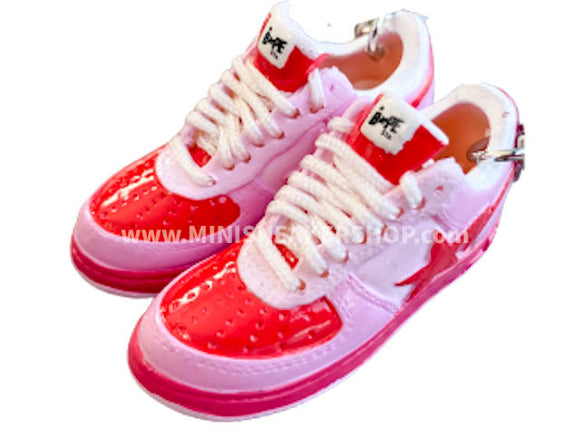 Mini 3D sneaker keychains BAPE - Red Pink