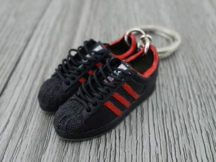 mini 3D sneaker keychains Adidas Superstar Black red