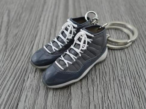 Mini 3D sneaker keychains Air Jordan 11 - Heather Grey