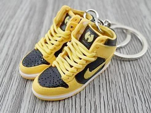 df2372b92010 Mini Sneaker Shop - Home of the finest sneaker keychains