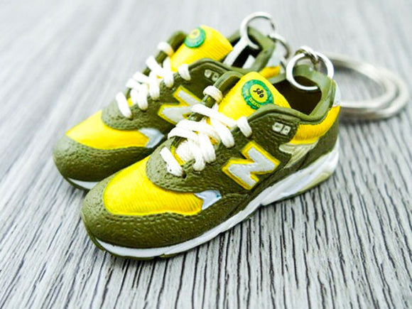 Mini 3D sneaker keychains New Balance - Khaki Yellow