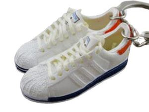 mini 3D sneaker keychains Adidas Superstar 2 New York 35th (2005)