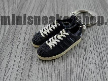 mini 3D sneaker keychains Adidas Superstar 2 neighborhood