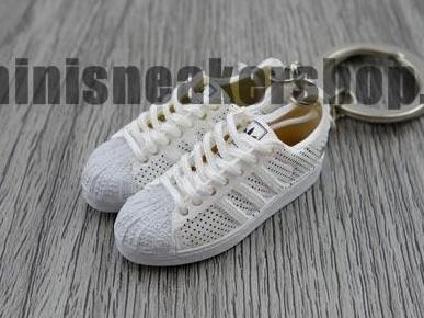 mini 3D sneaker keychains Adidas Superstar white weaves (2005)