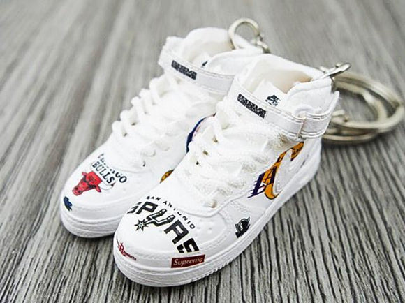 Mini sneaker keychain Air Force 1 SUPREME NBA White