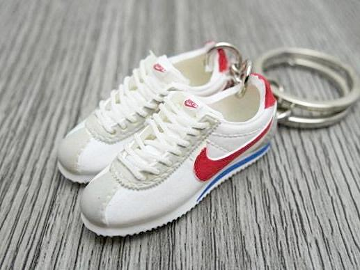 ba54274f29a7 Mini Sneaker Shop - Home of the finest sneaker keychains