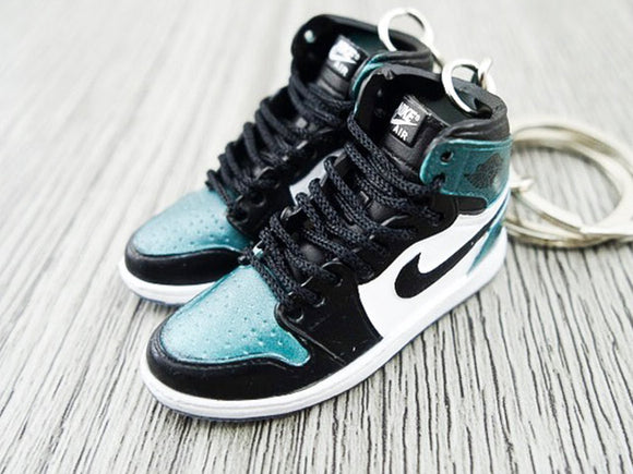 ee6d3cb48d46bc Mini sneaker keychain 3D Air Jordan 1 - All Star Chameleon