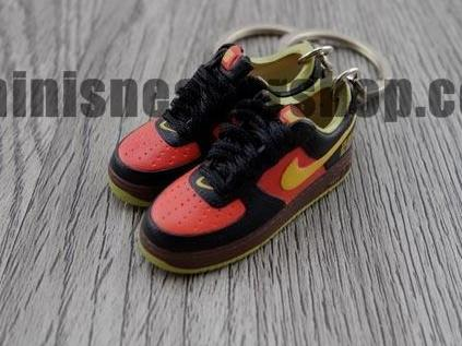 mini sneaker keychains Air Force LBJ Fearless warrior (2006)