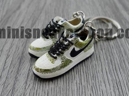 mini 3D sneaker keychains Air Force 1 Cocoa Snake (2001)