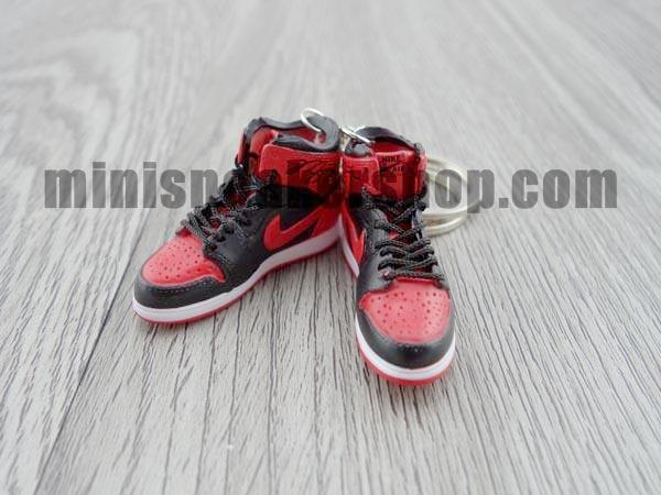 competitive price 81751 c4923 mini sneaker keychain 3d air jordan 1 bred