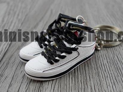 Mini Sneaker Keychains Air Jordan 2 - OG White Red Black (1986)