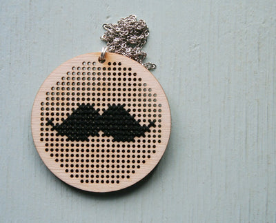 Mustachio Necklace - Nea - 4