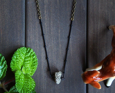 2 LEFT Pyra Necklace - Nea - 1