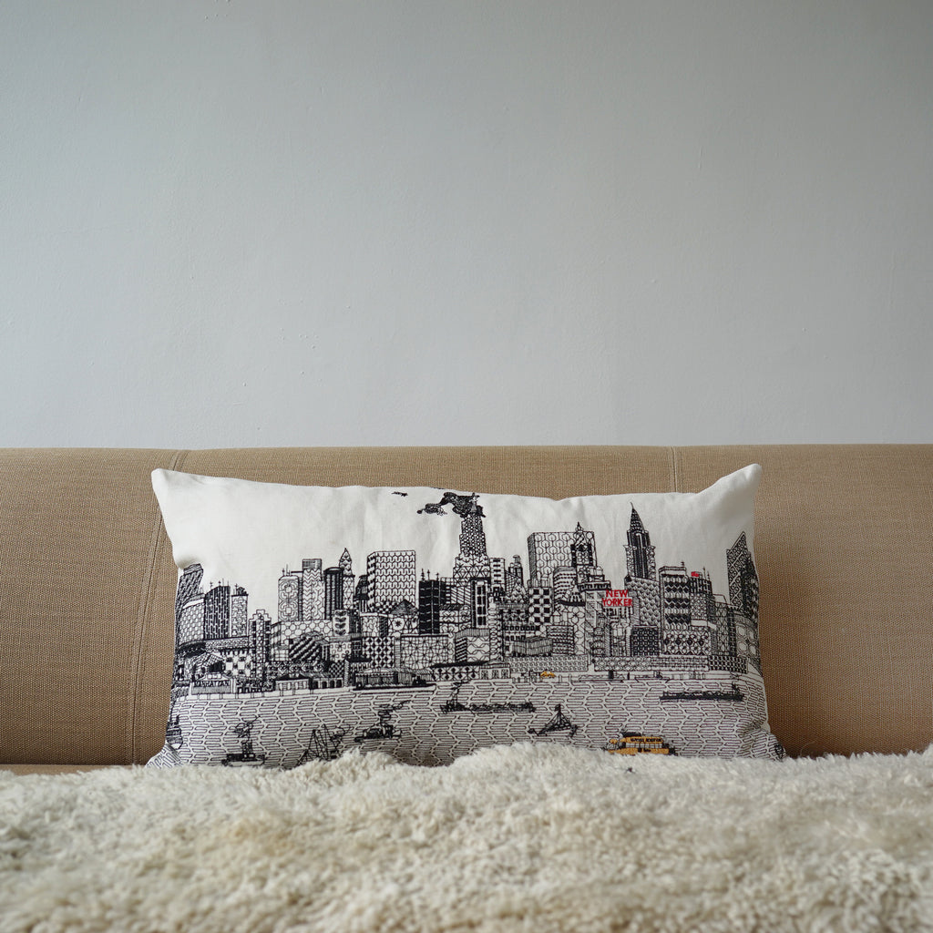 New York By Day White Linen cushion cover