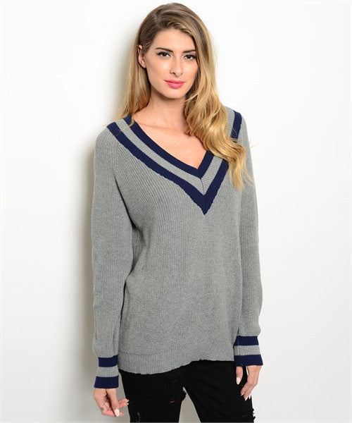 MEDIUM Grey V-Neck Sweater
