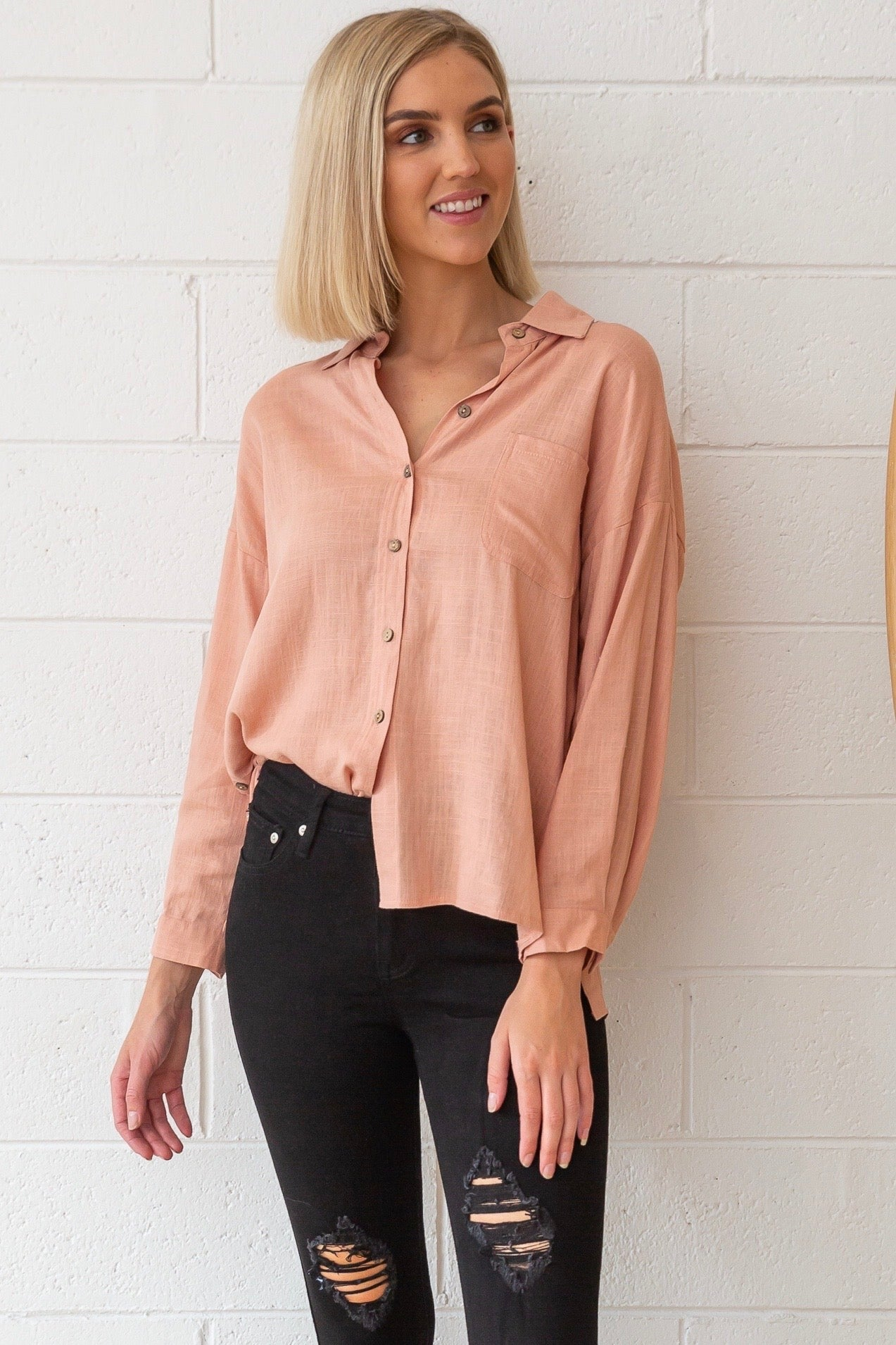 Bessie Linen Shirt in Salmon