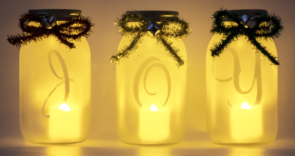 Holiday Mason Jar Lanterns