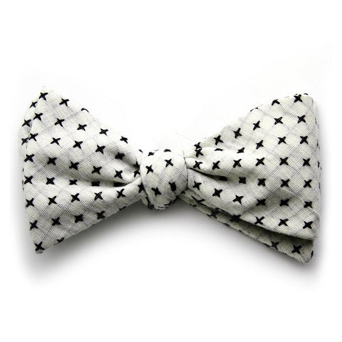 Irving - Small Crosses Big Crosses Bow Tie (Off White/Black)