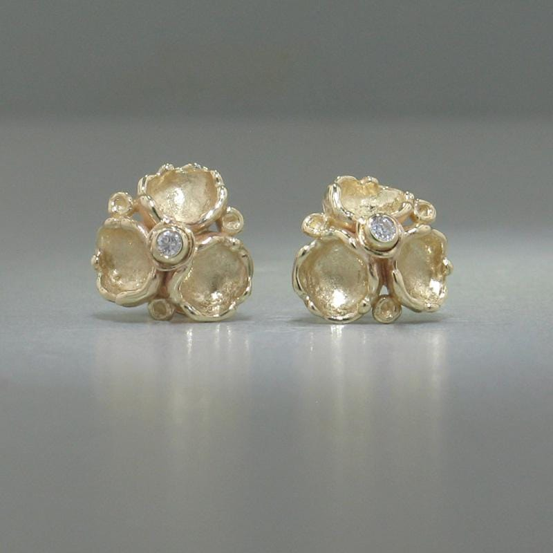 14k Yellow Gold & Diamond Stud Earrings - 185D+Y-Y