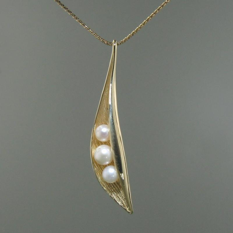 14k Yellow Gold & Pearl Pendant - 379P-Y
