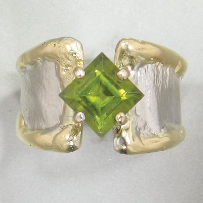 14K Gold & Crystalline Silver Peridot Ring - 28298-Fusion Designs-Renee Taylor Gallery