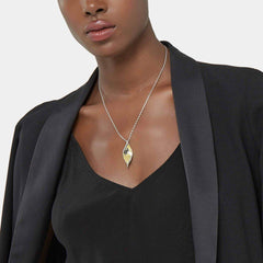 Classic Chain Wave Hammered Pendant Necklace - NZ90083-John Hardy-Renee Taylor Gallery