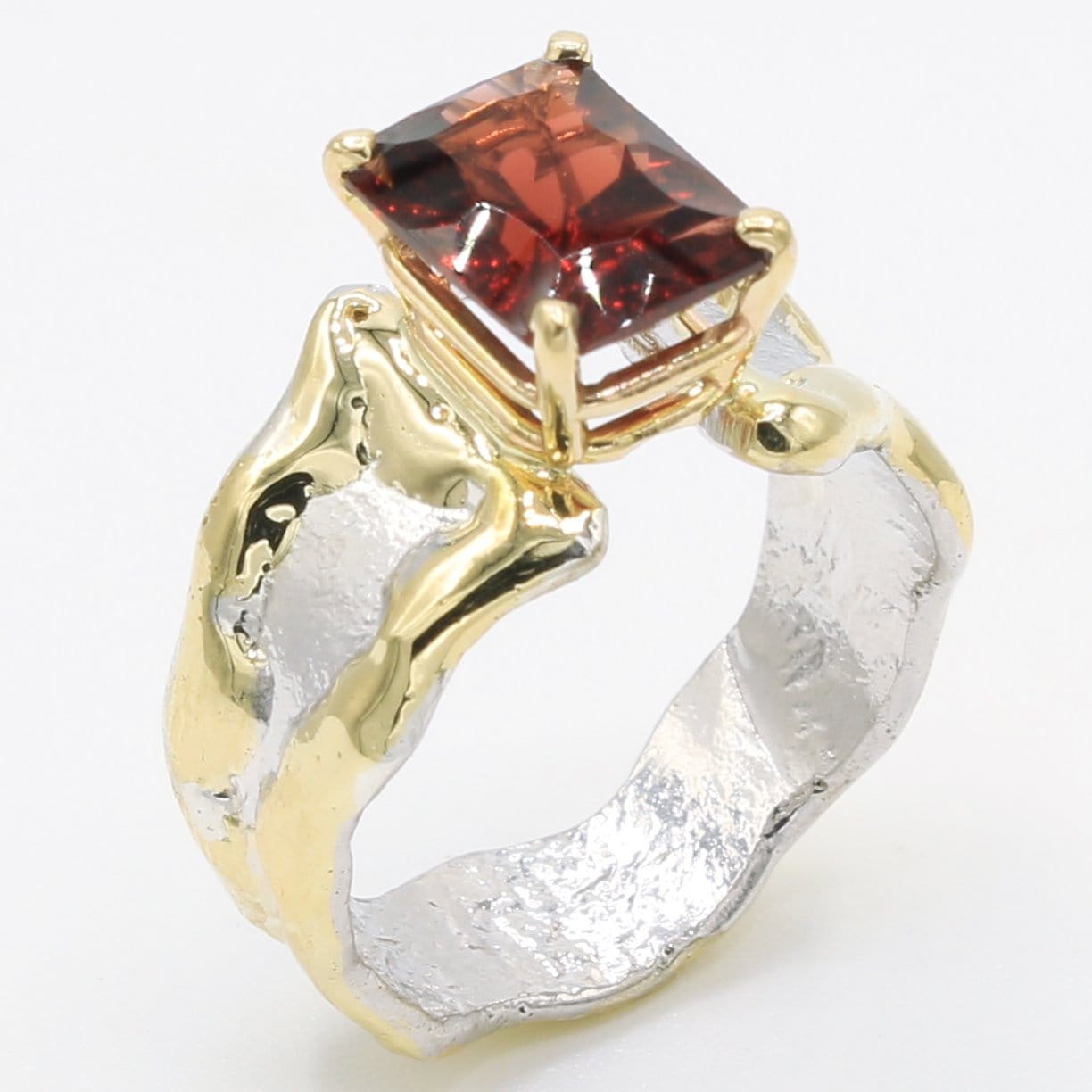 14K Gold & Crystalline Silver Garnet Ring - 35885