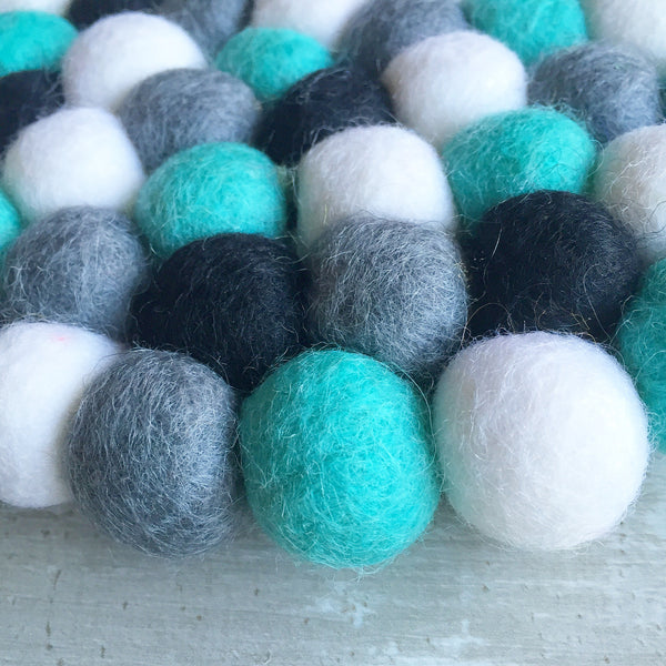 Felt Ball Mini Mat - Pepper and Mint  Winston + Grace
