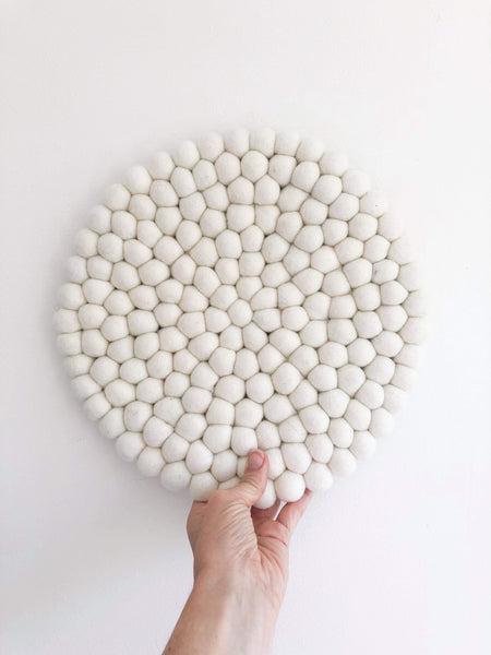 Felt Ball Mini Mat (trivet) - White