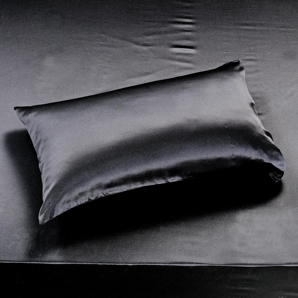 22 momme Black Luxuer Pair of 2 Silk Terse Pillowcases - LUXUER Silk & Pearl