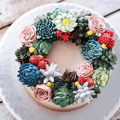 FOOD: When Succulent Plants Come Across Cakes...