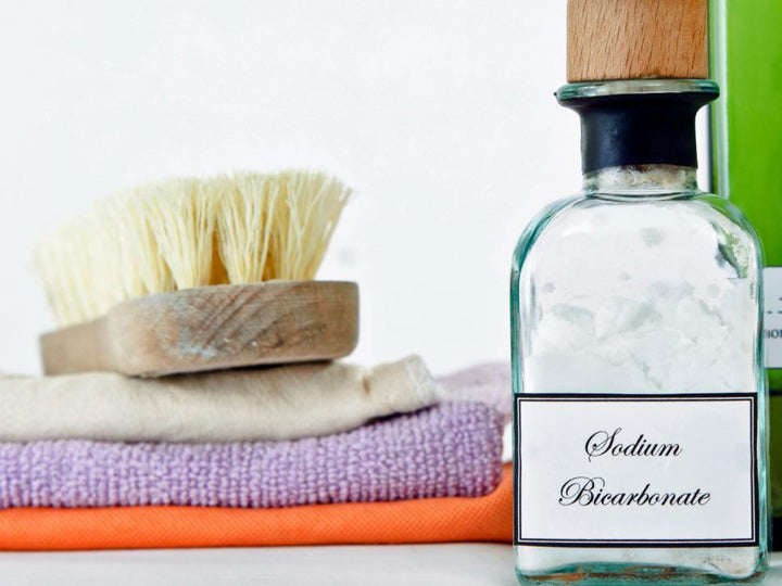 Natural Cleaners for the Kitchen and Bathroom