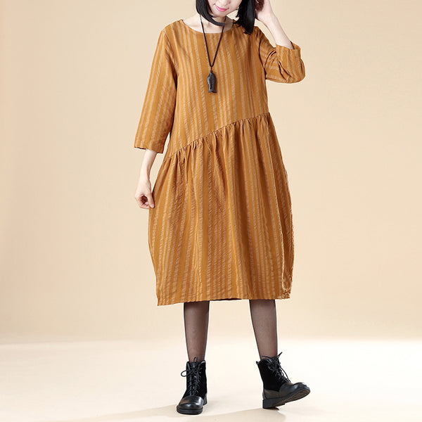 Elegant Women Cotton Linen Round Neck Three Quarter Sleeve Folded Dress - Buykud