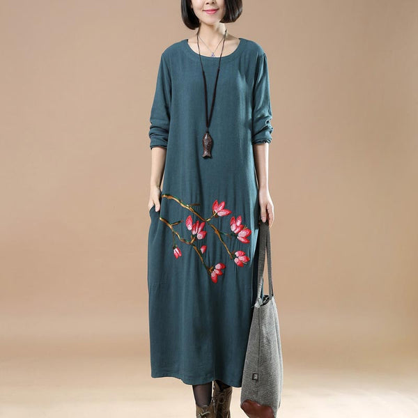 Retro Plus Size Embroidered Round Neck Blue Dress
