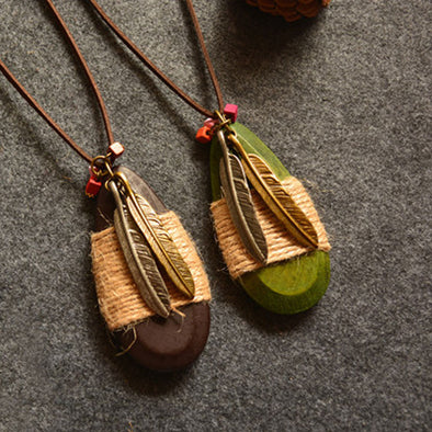 Women Retro Pendant Leaves Wood Metal Necklace - Buykud