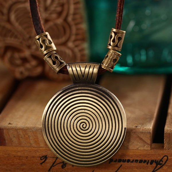 Retro Accessories Leather Chain Round Necklaces