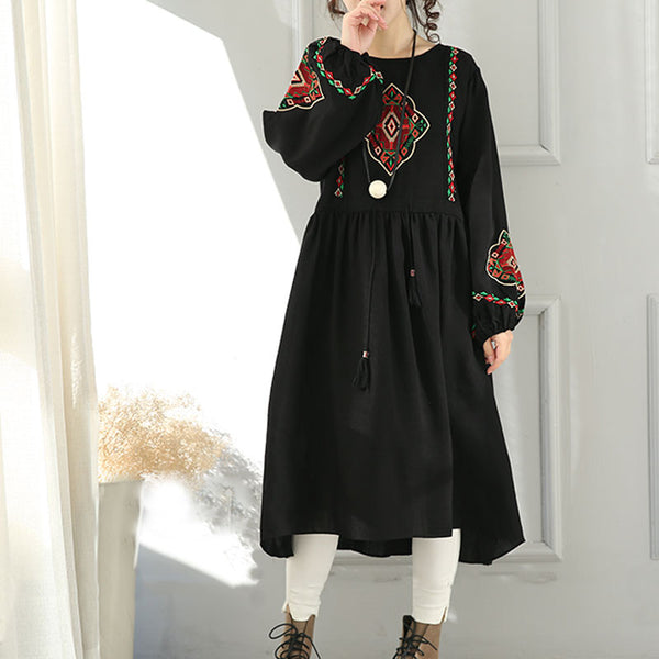 Ethnic Style Embroidered Round Neck Dress
