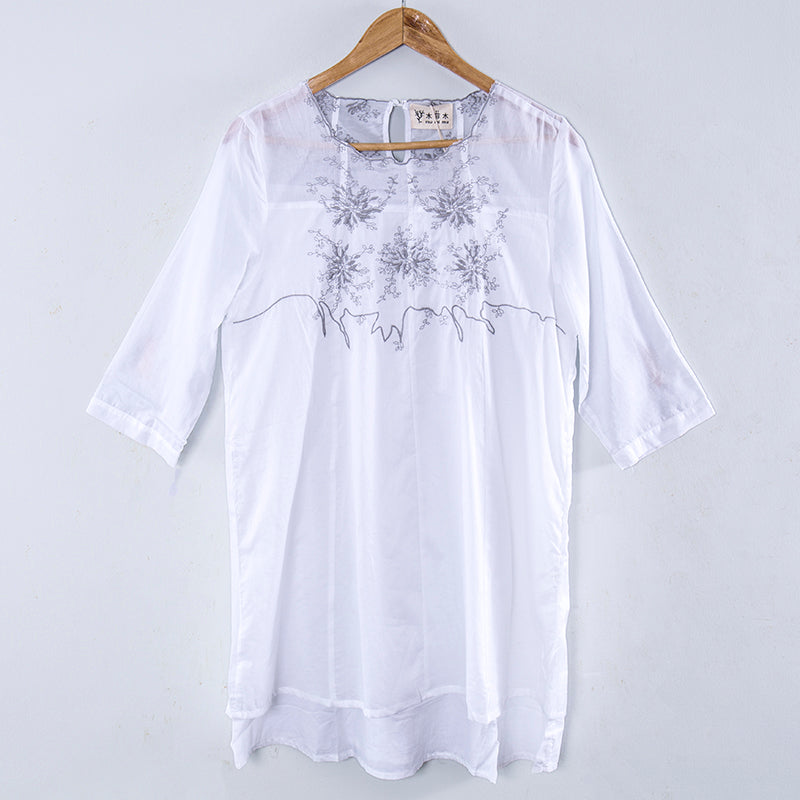 Literature Flower Embroidery Short Sleeves White Women Dress - Buykud