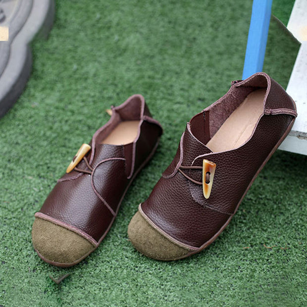 Retro Women Horn Button Handmade Leather Shoes Dark Coffee - Buykud